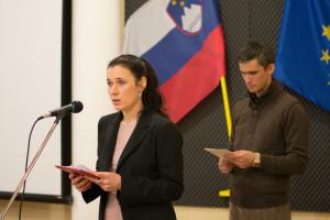 Voditeljica in voditelj posveta: Mojca Perat in Mario Plešej